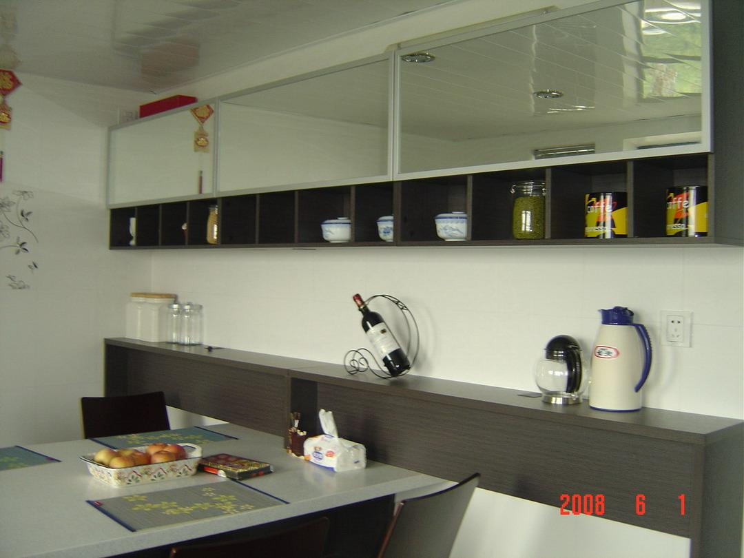 小型厨房吊柜效果图
