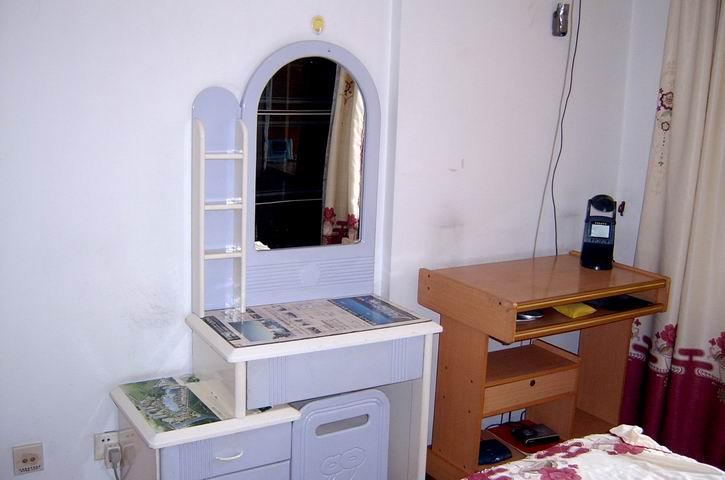 梳妆台,电脑桌