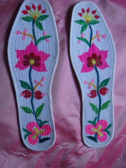 纯手工绣花鞋垫