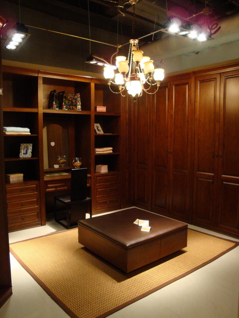 厂家直销,订做欧式中式衣柜,书柜,鞋柜,酒柜,床.