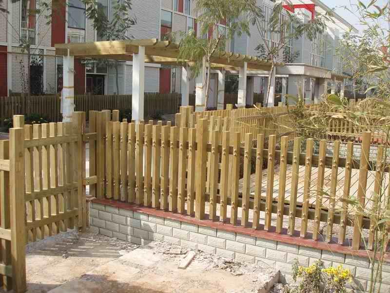 多样欧式,休闲式防腐木入户花园花架