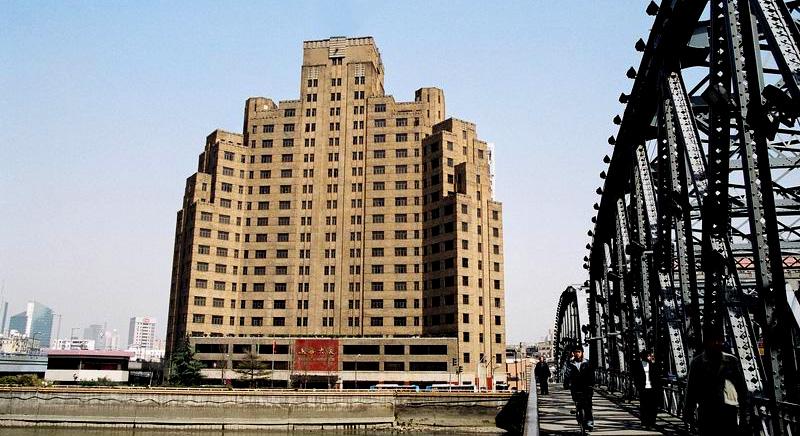> 【 artdeco 现代都市高层建筑的经典风格 】