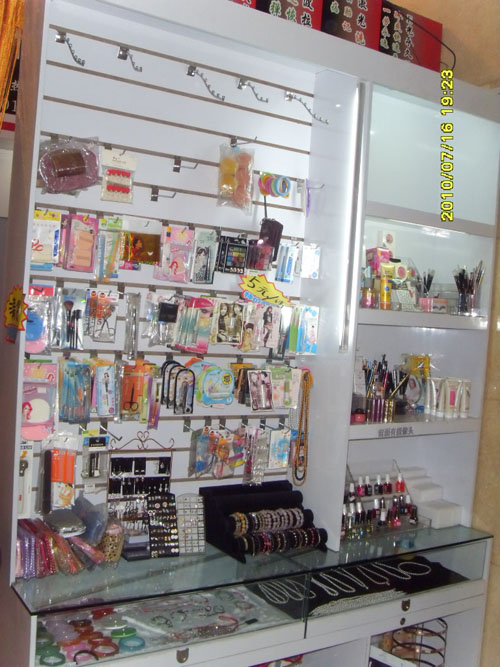 欧式化妆工作室装修