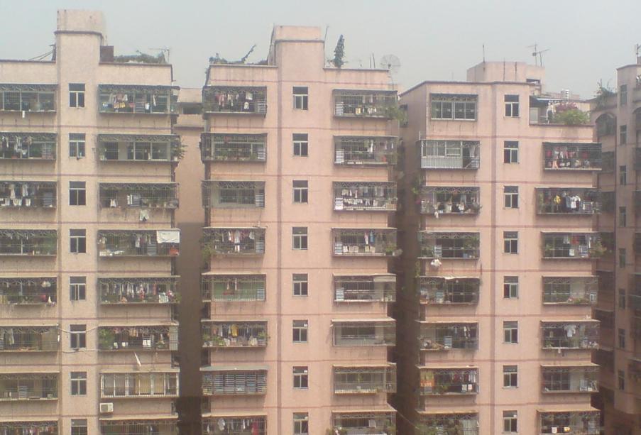 > 房东20万出售阳光花园旁的民房三房二厅80平