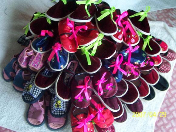 手工制作的宝宝鞋子