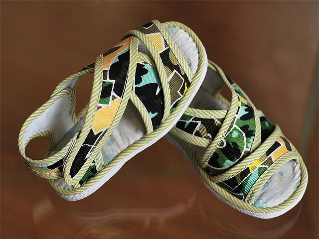 儿童手工布鞋