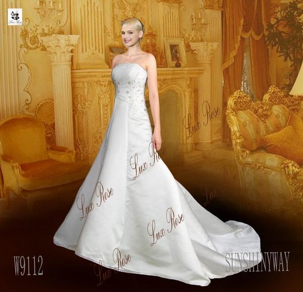 > 【房网卡会员专享】古堡玫瑰婚纱礼服为房网卡客户推荐欧洲设计的
