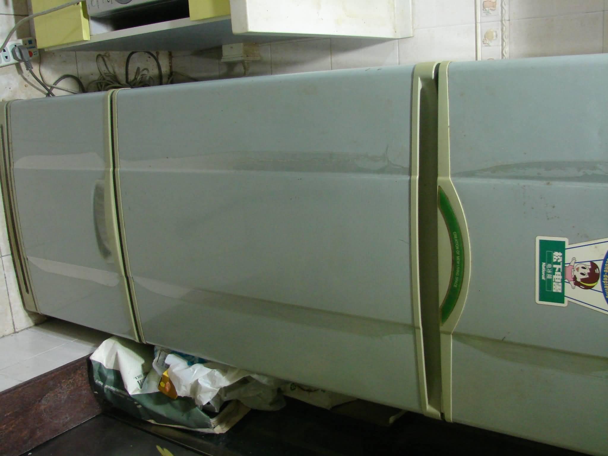 出售--三星立式空调,松下三门冰箱,海尔6.5公斤洗衣机