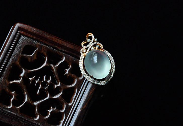 精品翡翠手镯 镶嵌挂件 戒指全新登场 内空图片