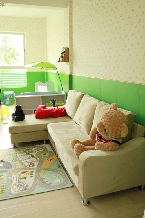 幼儿园睡眠室墙壁布置图片丙烯画