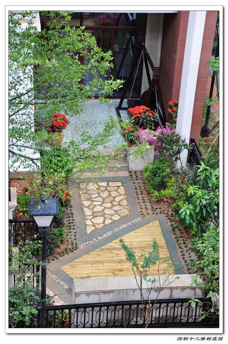 入户小花园效果图